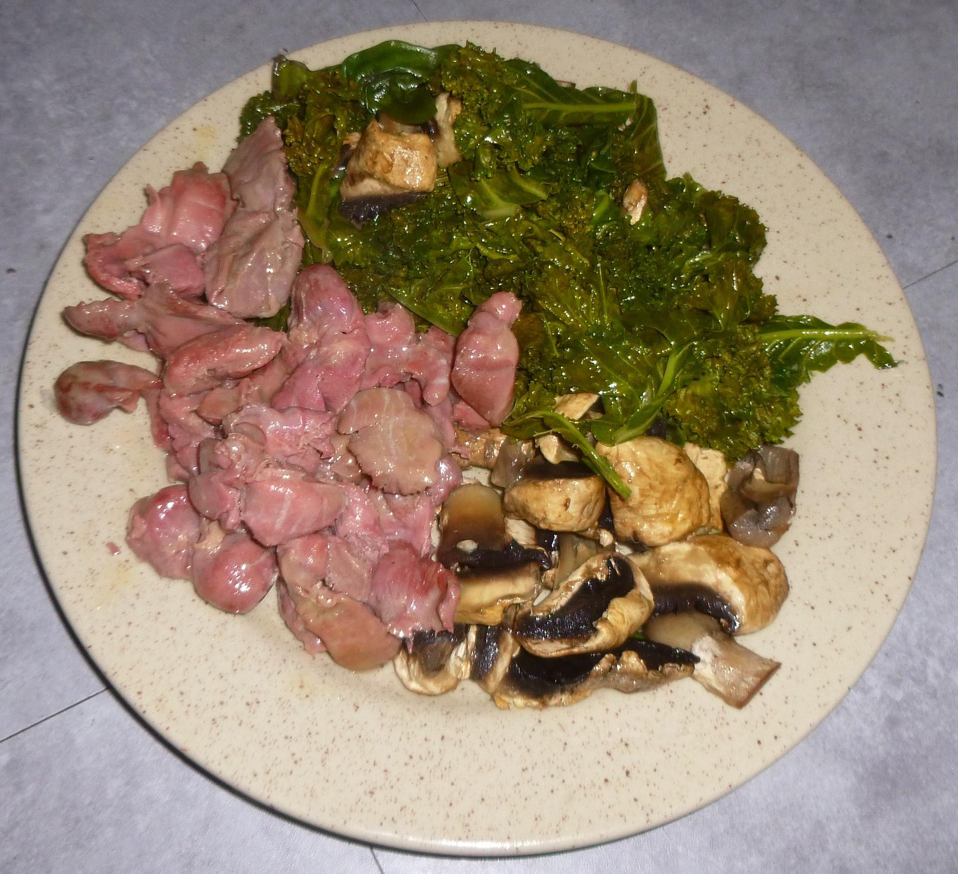 recette chou kale avec g siers de volaille et champignons musculation chez soi. Black Bedroom Furniture Sets. Home Design Ideas